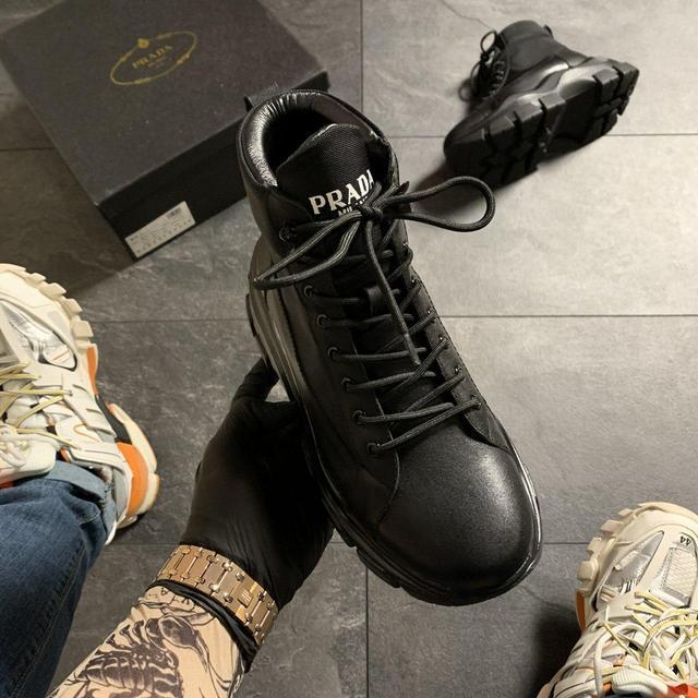 Женские кожаные кроссовки на платформе Buffalo London в белом цвете