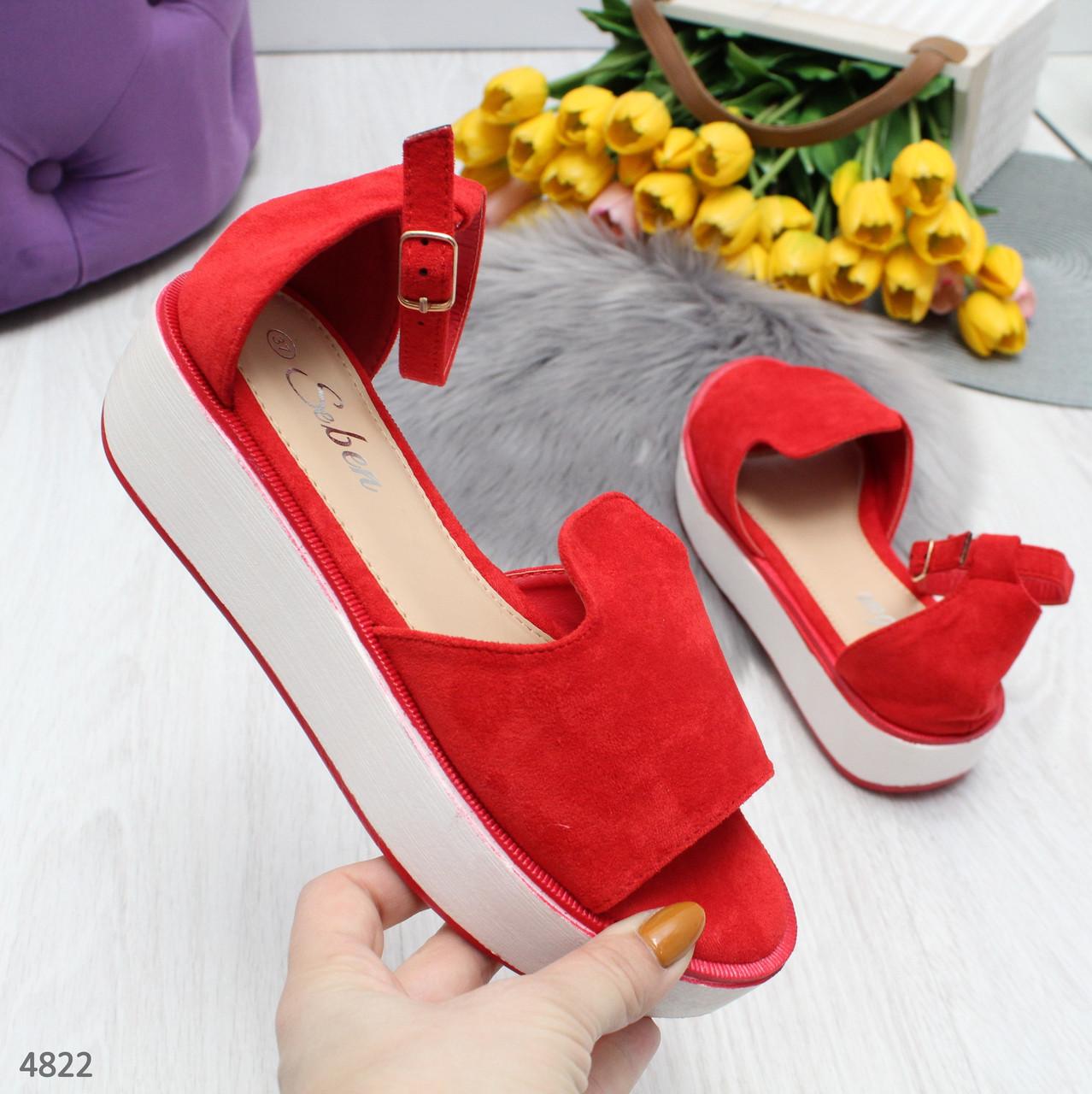 Босоножки сандалии женские красные на платформе с ремешком и закрытой пяткой Felice