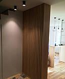 Декор стен рейками  из натурального дерева в интерьере, фото 7