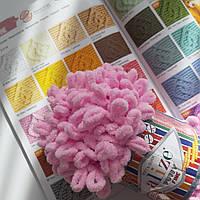Турецкая фантазийная пряжа Puffy fine Alize светло розового цвета 194