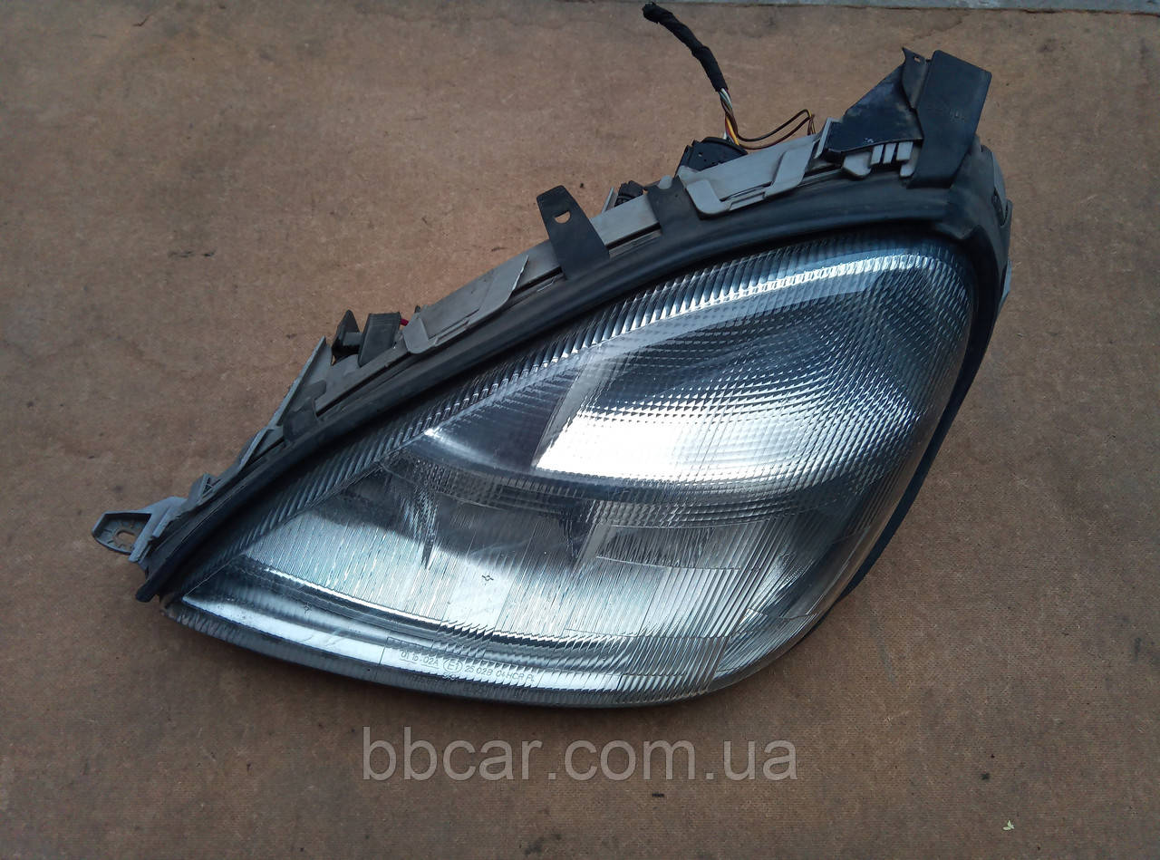 Фара Mercedes Benz A-Class Bosch 0 301 152 201 , A 168 820 01 61  ( L )