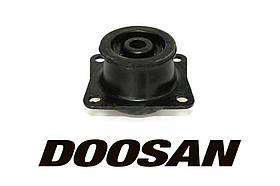 Подушка двигателя для спецтехники Doosan