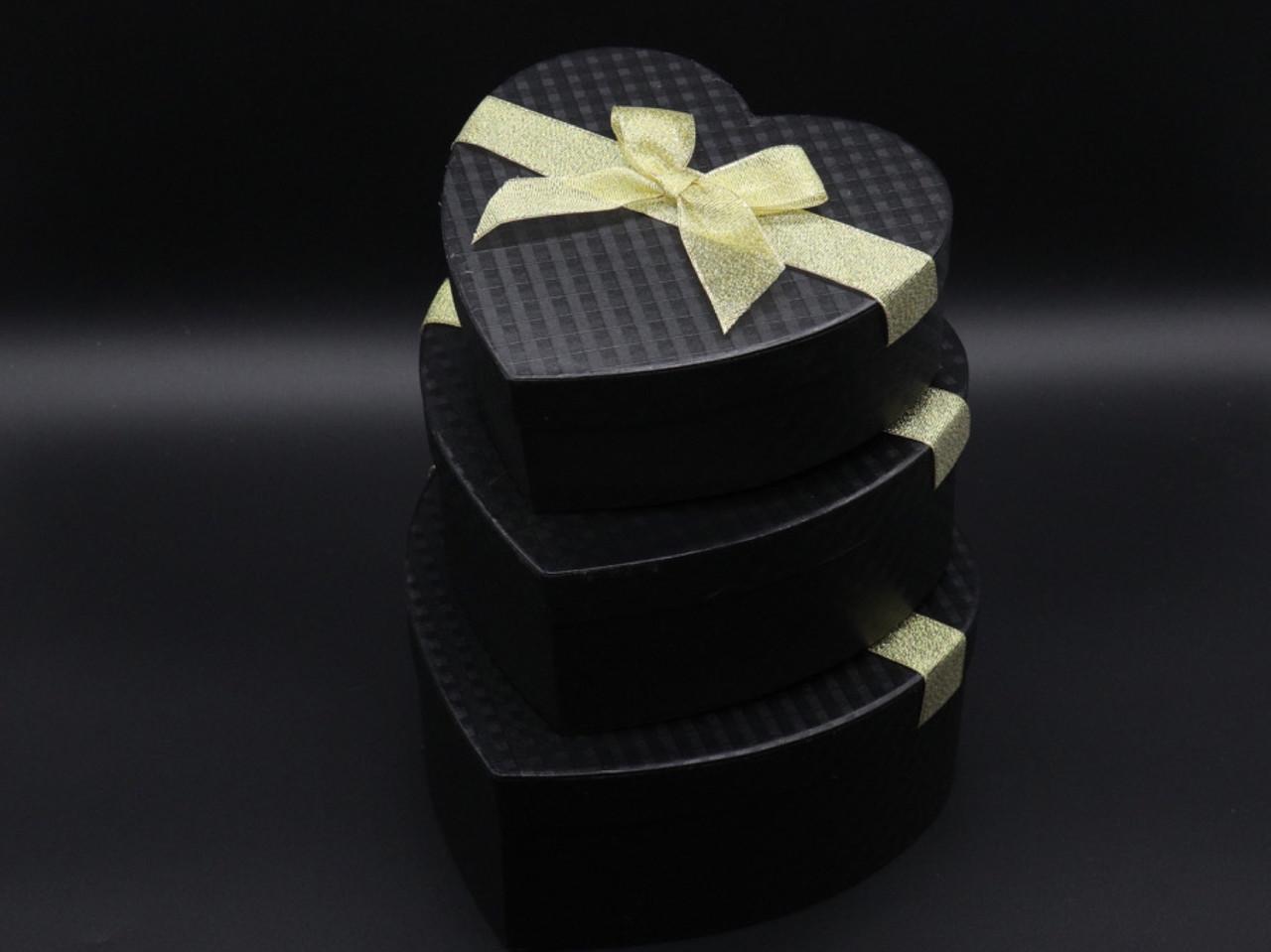 Коробка подарочная сердце. 3шт/комплект. Цвет черный. 21х9см