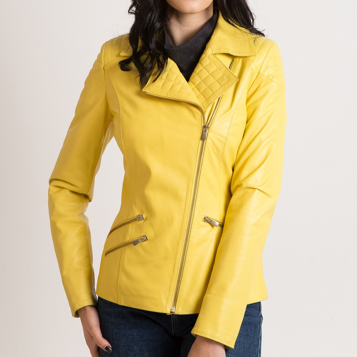 Желтая кожаная куртка женская короткая 46 размера (Арт. PAR291)