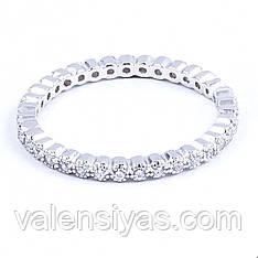 Нарядное серебряное кольцо с фианитами