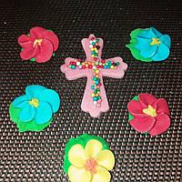 Крестик с цветочками (розовый)
