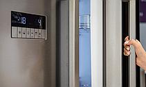 Холодильник GRUNDIG GQN21225GB, фото 2