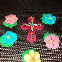 Крестик с цветочками (красный)