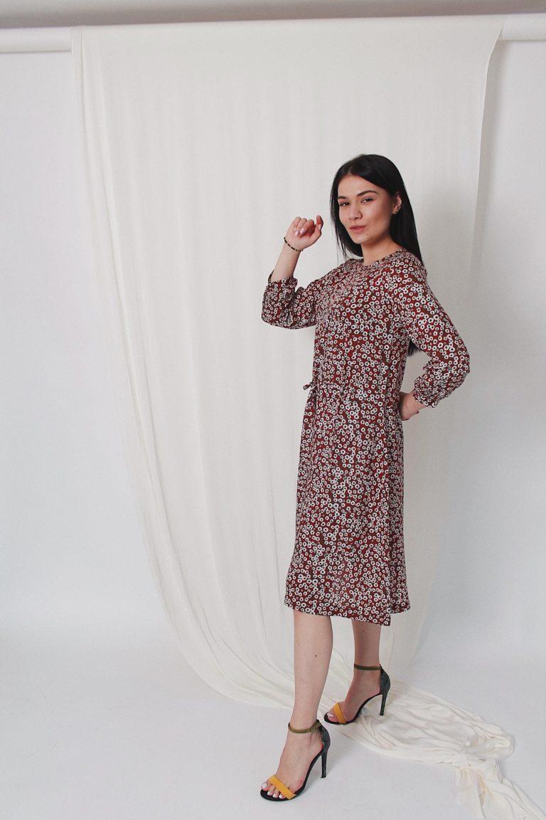 Платье на кулиске миди