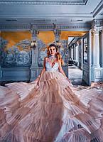 Платье с декоративной отделкой. Праздничная женская одежда. Нарядное платье
