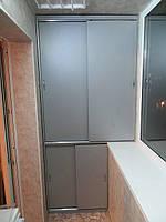 Мебельный шкаф на балконе