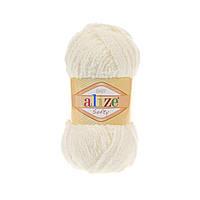 Плюшевая пряжа ализе SOFTY молочного цвета 62