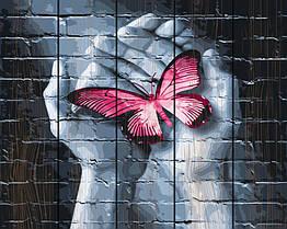 "Картина по номерам на дереве. Rainbow Art ""Бабочка в руках"" GXT25848-RA"