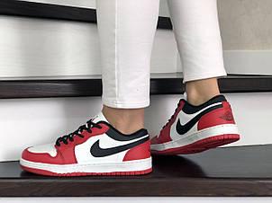 Женские кроссовки Nike Air Jordan 1 Low,белые с красным, фото 2
