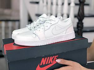 Женские кроссовки Nike Air Jordan 1 Low,белые, фото 2