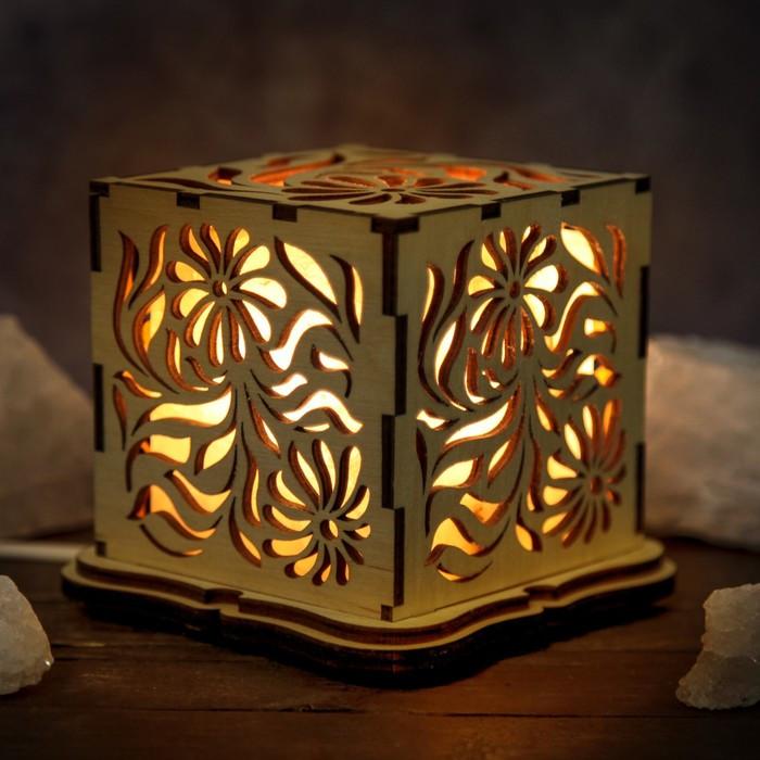 """Соляной светильник деревянный куб """"Цветы"""""""