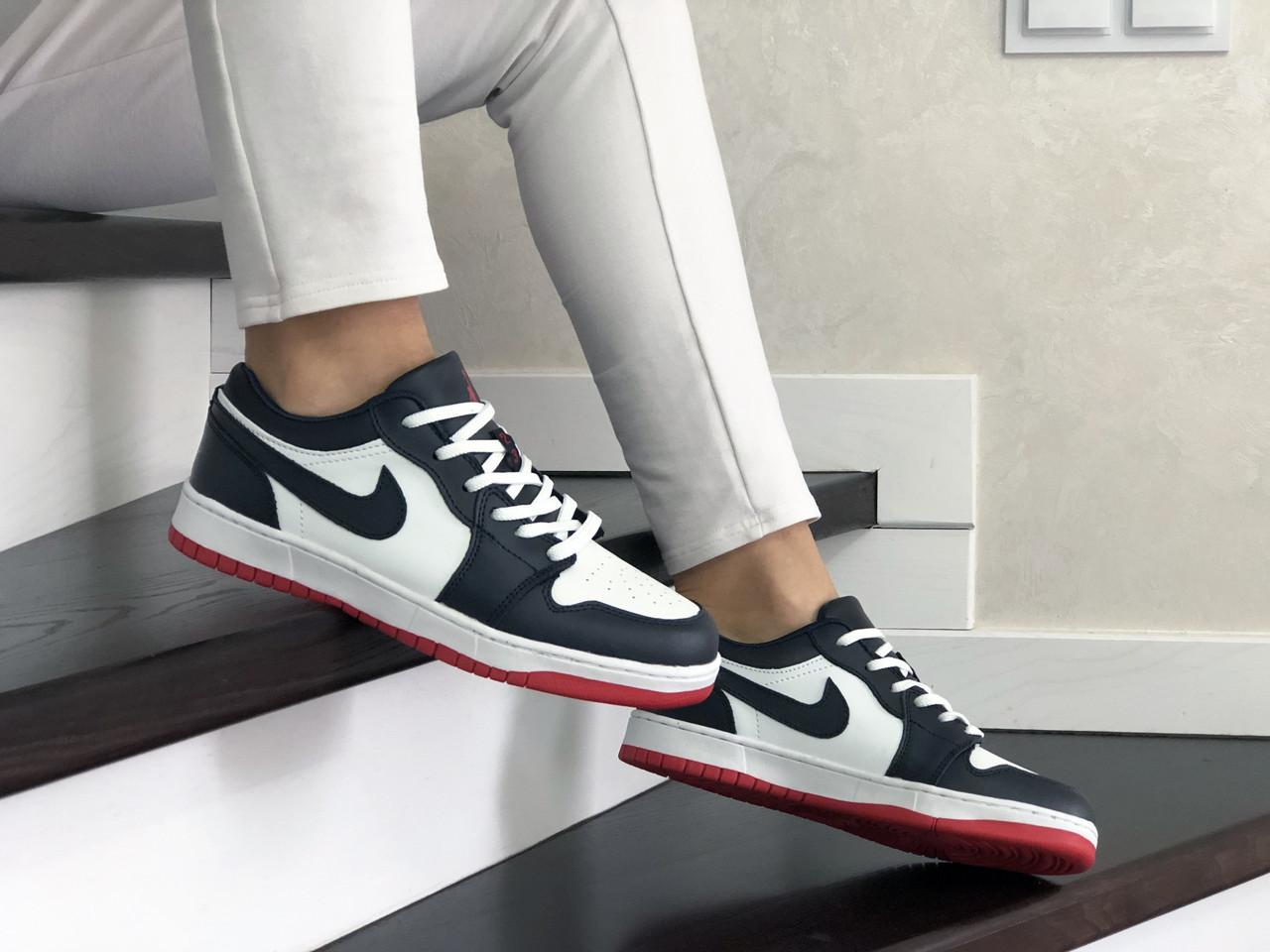 Женские кроссовки Nike Air Jordan 1 Low, Реплика