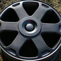 R16 Покраска авто дисков Жидкой резиной Plasti Dip. Цвет: Черный, прозрачный