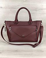 Вместительная стильная женская сумка среднего размера бордового цвета  22х35х11 см