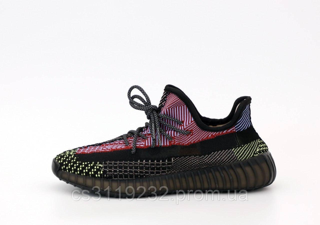 Мужские кроссовки Adidas Yeezy Boost 350 v2 Holiday (черно-красные)