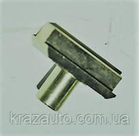 Сухарь вилки 2-3 передачи и вилки делителя КАМАЗ 14.1702029