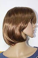 Парик из искусственных волос каре светло русый с челкой