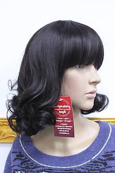 Парик искусственный черные волосы волна с челкой
