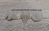 Крепление двери Opel. ОЕМ: 7703077250, 812396, 4501565, 9161865
