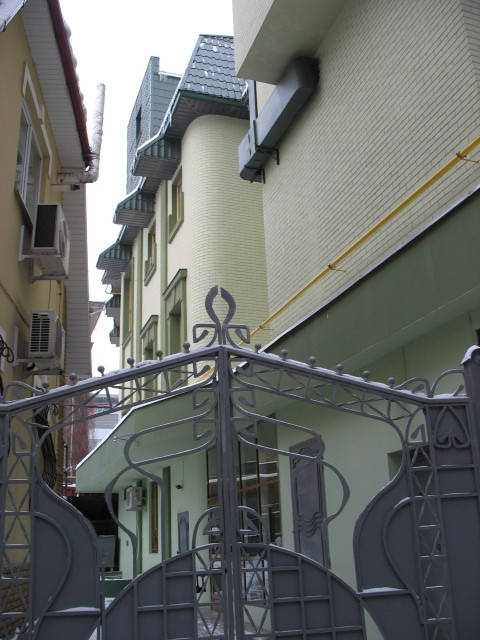 Декоративная штукатурка и покраска фасада. 1