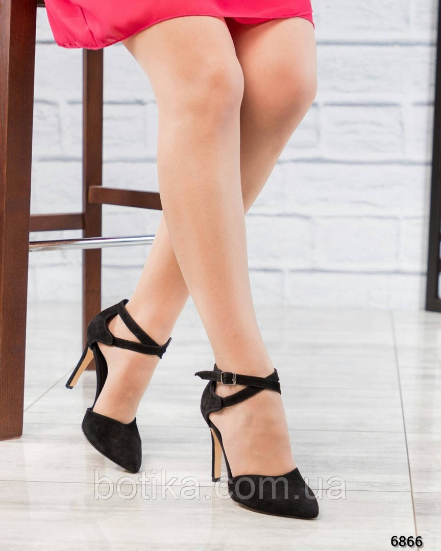 Эффектные открытые туфли на каблуке