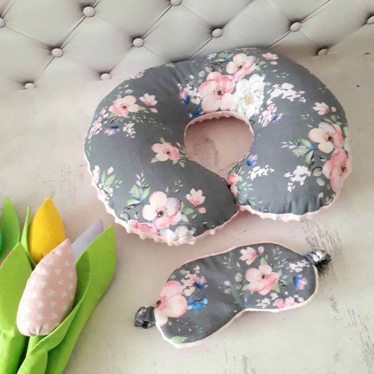Подушка дорожная для путешествий Цветы + ПОДАРОК маска для сна