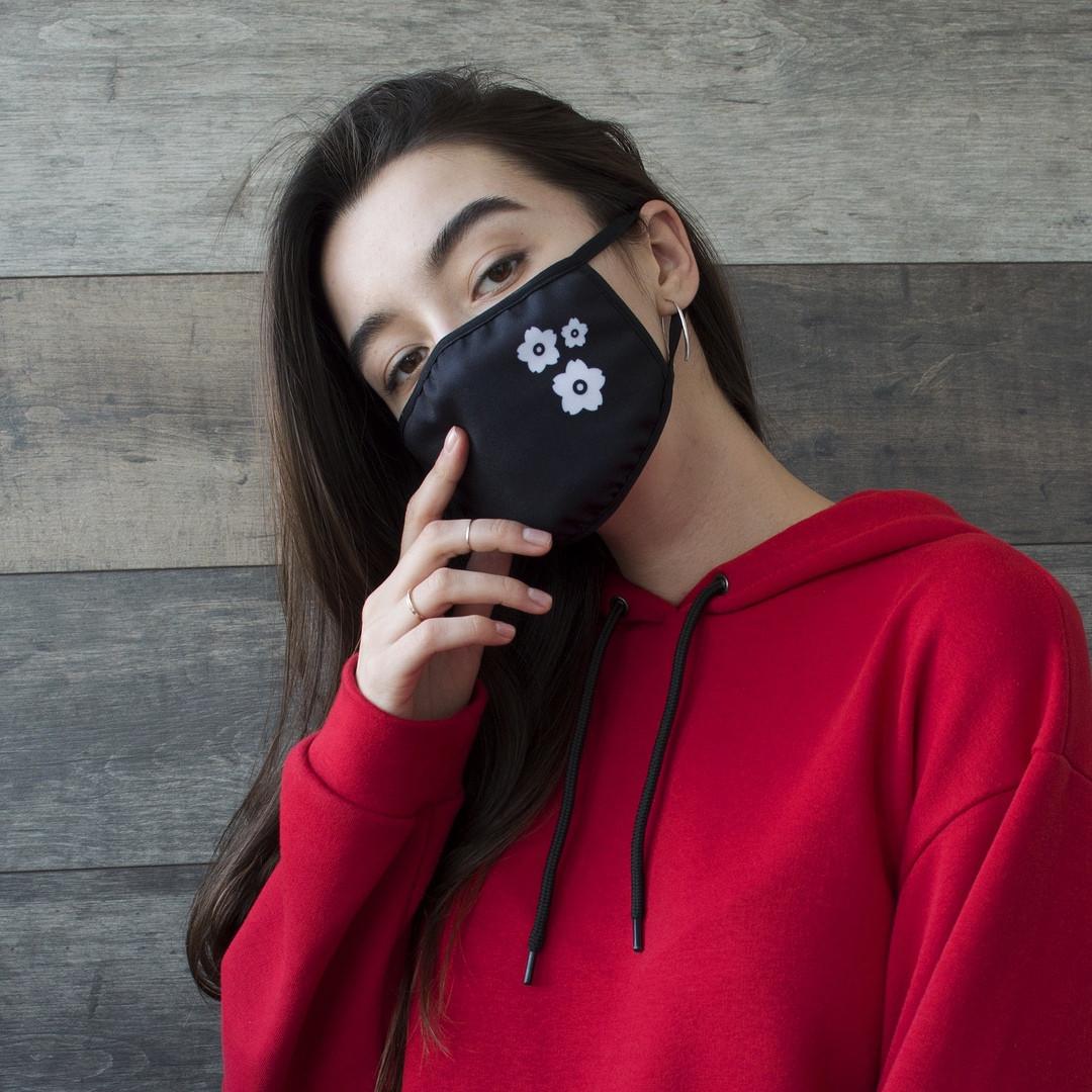 """Маска унисекс черная маска для лица """"Цветы"""" женская"""