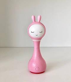 Интерактивная игрушка плеер зайчик SMARTY ALILO R1 Smarty Зайка Розовый КОД: 064067nl