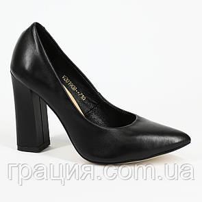 Женские черные элегантные кожаные туфли на каблуке