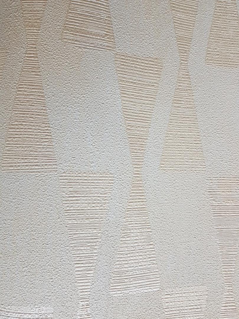 Обои Marburg Tango 58853 геометрия 3д серебристые фигуры на молочном фоне 10.05х0.70 м.