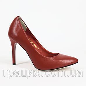 Кожаные элегантные женские туфли на шпильке красные