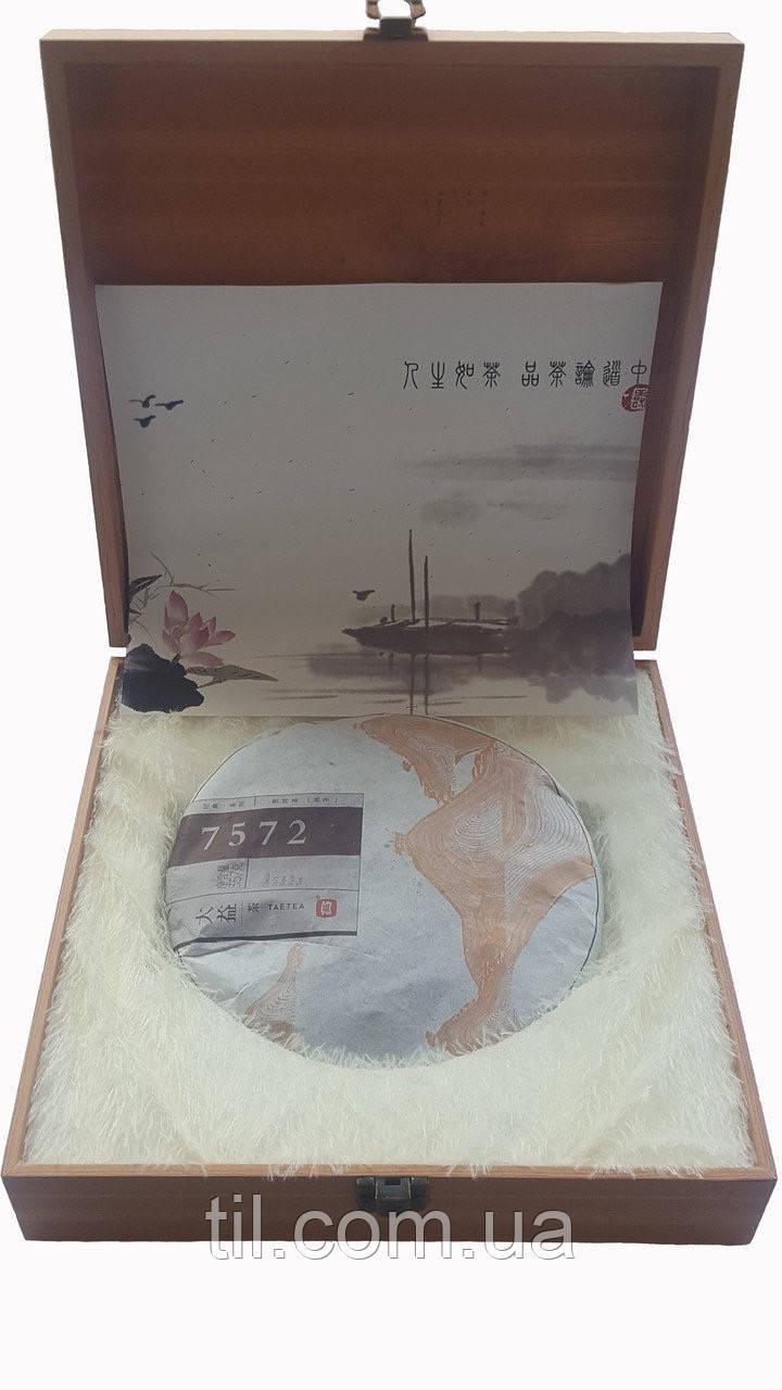 """Шу Пуэр """"7572"""" (Блин) 2014 г. 357 гр. Фабрика  (Менгхай) Подарочная коробка"""