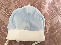 Велюровая шапочка для ребенка