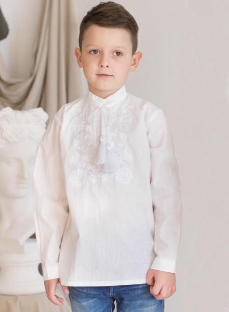 Вишиванка для мальчика Роман белая вышивка