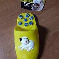 Игрушка для собак  тапочки  винил TRIXIE