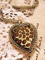 Підвіска серце леопардове