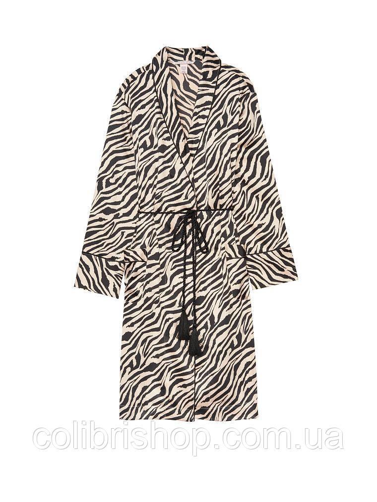 Шикарный сатиновый халат от Victoria's Secret Tassel-tie Satin Robe