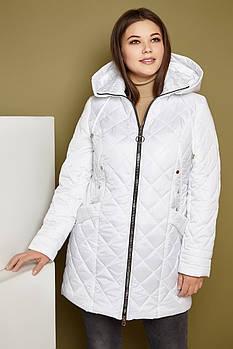 Женская демисезонная удлиненная куртка 248 / размер 50-62 / цвет белый