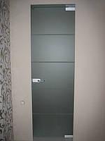 Стеклянная матовая распашная дверь в санузел