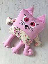 Именная игрушка котик с вышивкой