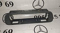 Б/у рамка крепления магнитолы A9016890557 Mercedes Sprinter/ Мерседес