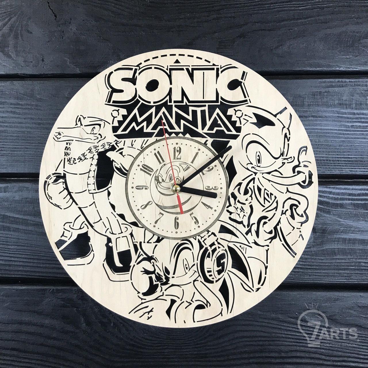 Бесшумные настенные часы из дерева «Соник»