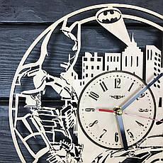 """Настенные часы из дерева с плавным ходом """"Бэтмен"""", фото 3"""