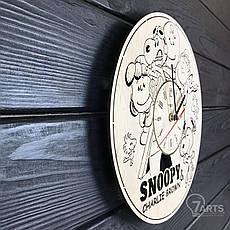 """Бесшумные настенные часы в детскую """"Снупи"""", фото 2"""