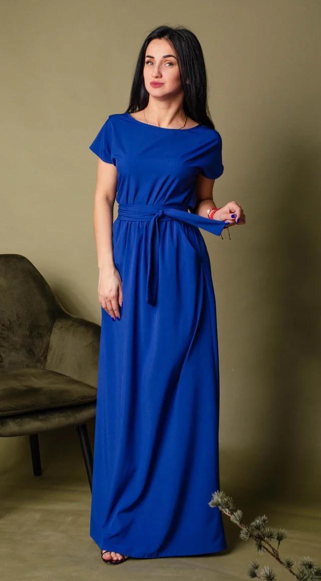Молодежное эффектное синее длинное платье весна-лето из однотоной ткани размер 44-46
